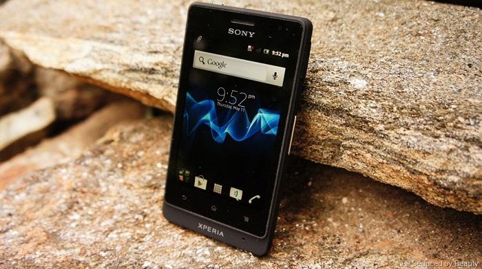 Sony Xperia Go 8 GB - On Check by PriceCheck