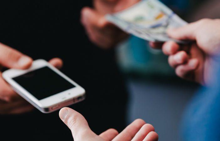 buy-used-smartphone