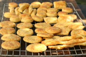 Savoury biscuits with smoked cheddar