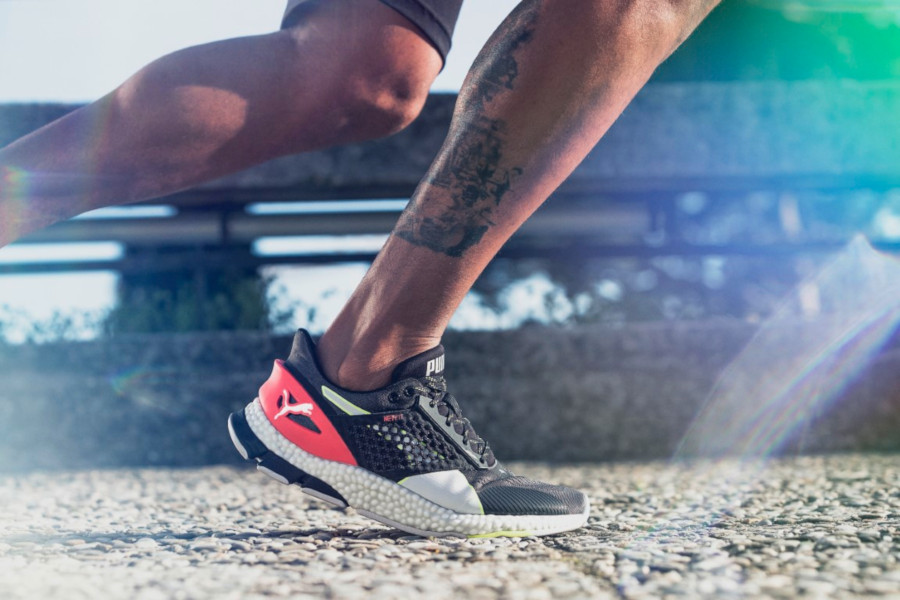 Review: Puma Hybrid Astro – Puma's New Technology Packed ...