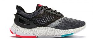 Legítimo violencia Descenso repentino  Review: Puma Hybrid Astro – Puma's New Technology Packed Running Shoe - On  Check by PriceCheck
